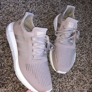 Womens 85 Adidas Swift Run Vapor Grey